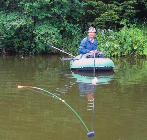 ловить с лодки на мормышку